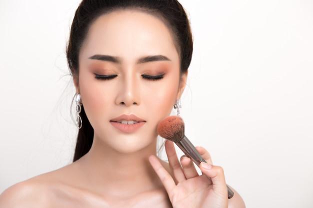 beautiful-woman-face_1150-8440